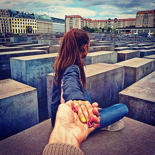 Murad Osmann followgram guiado pela namorada viral instagram (6)