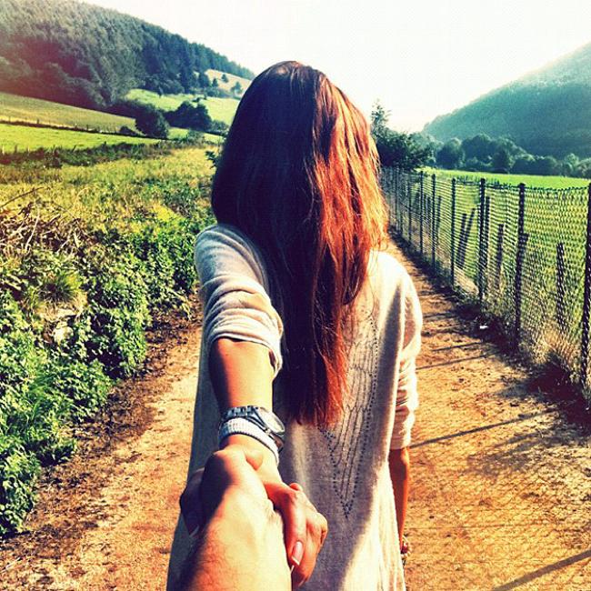 Murad Osmann followgram guiado pela namorada viral instagram (8)