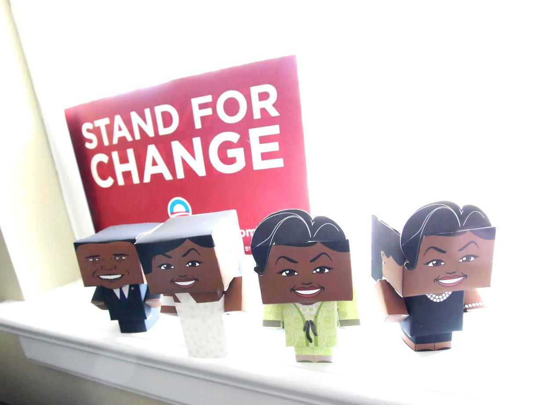 Paper Toys Modernos Criativos montado servindo de exemplo para as pessoas criativas