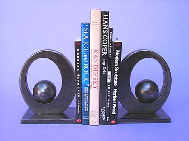 Suportes para livros com designs criativos bookends (63)