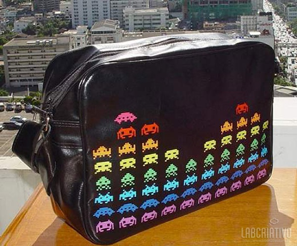 Bolsas (mala) Space Invaders