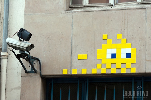 Street Art Space Invaders