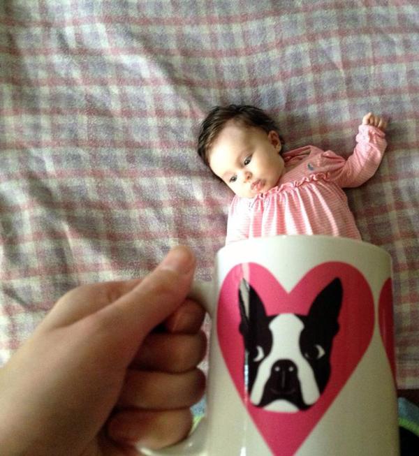 Foto de Bebes em Caneca #babyinamug (26)