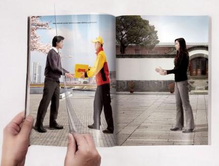 A DHL transmite o efeito de rapidez na entrega, com a propaganda ganhando vida a cada vez se se folheia a revista.