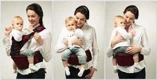 Acento porta-bebê posicionado na cintura da mamãe, para segurar o neném de forma mais cômoda, santo descanso para os braços.