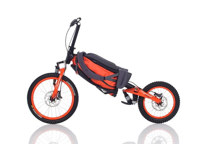 Bergmonch, a bicicleta que se transforma em mochila
