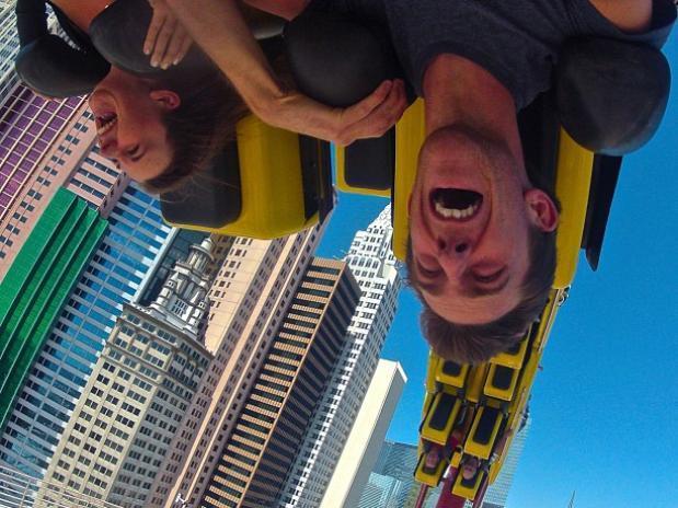 Qualquer brincadeira que cause vertigem parece ser uma boa escolha para selfie