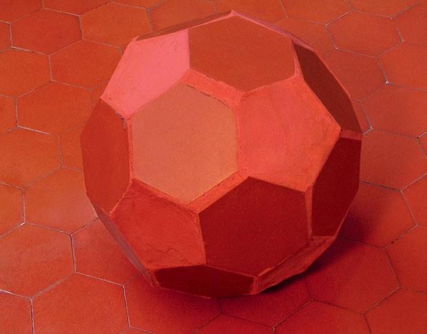 Recriando a Bola por Felipe Barbosa