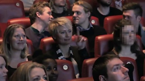 Coca-cola manda recado aos barulhentos do cinema
