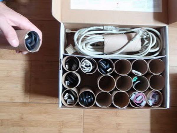 Rolos de papel higiênico vazio, para organizar cabos