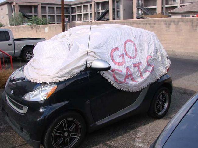 Protege seu carro contra sol e chuva