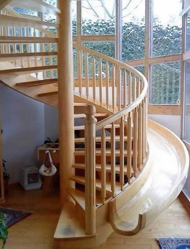 Escada escorregador