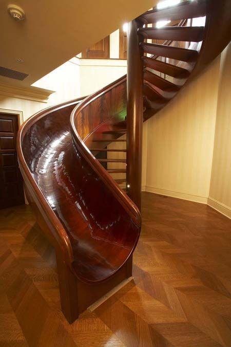 Escada Criativa dentro de casa
